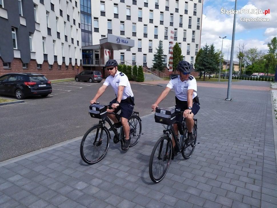 Policjanci przesiedli się na rowery 1