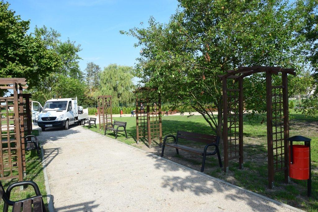 Nowy park, nowe miejsce dla mieszkańców 8