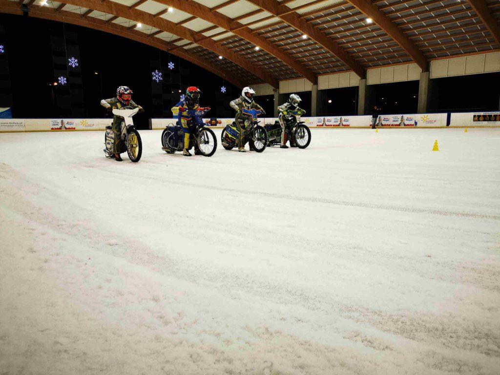 Będą się ścigać  na lodzie - żużel na lodzie w Częstochowie już w lutym 3