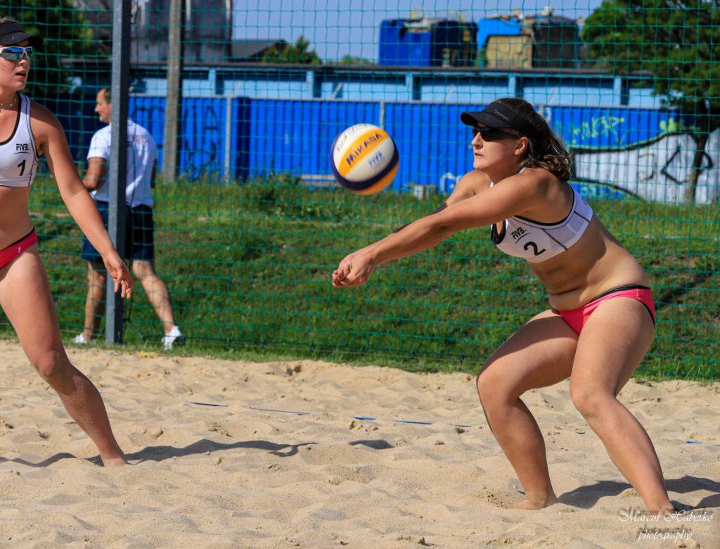 Siatkówka plażowa. Wśród kadetek bez medalu, ale Częstochowianka wprowadziła 2 pary do turnieju finałowego 7