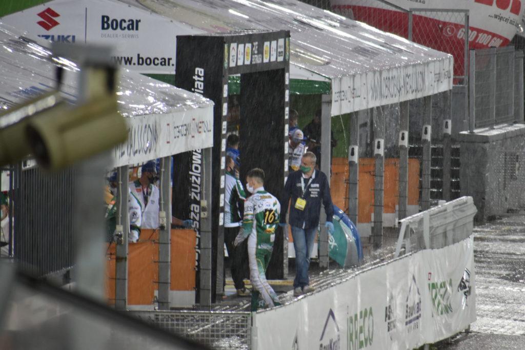 Eltrox Włókniarz przez opady deszczu nie ścigał się dziś z Fogo Unią Leszno. Mecz z mistrzem Polski i 1. zespołem PGE Ekstraligi został odwołany 5