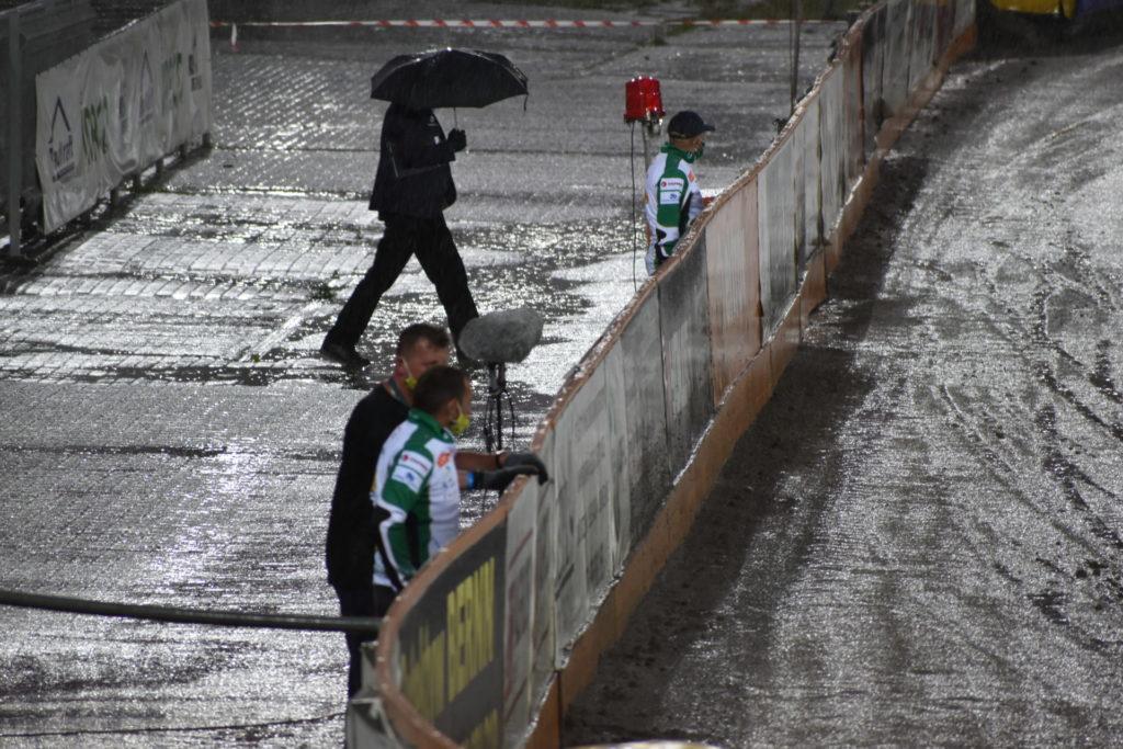 Eltrox Włókniarz przez opady deszczu nie ścigał się dziś z Fogo Unią Leszno. Mecz z mistrzem Polski i 1. zespołem PGE Ekstraligi został odwołany 6
