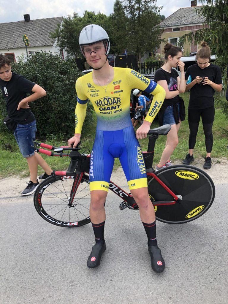 Młodzi kolarze Kolejarz Jura Częstochowa ścigali się w 2 wyścigach i przywieźli medale 1