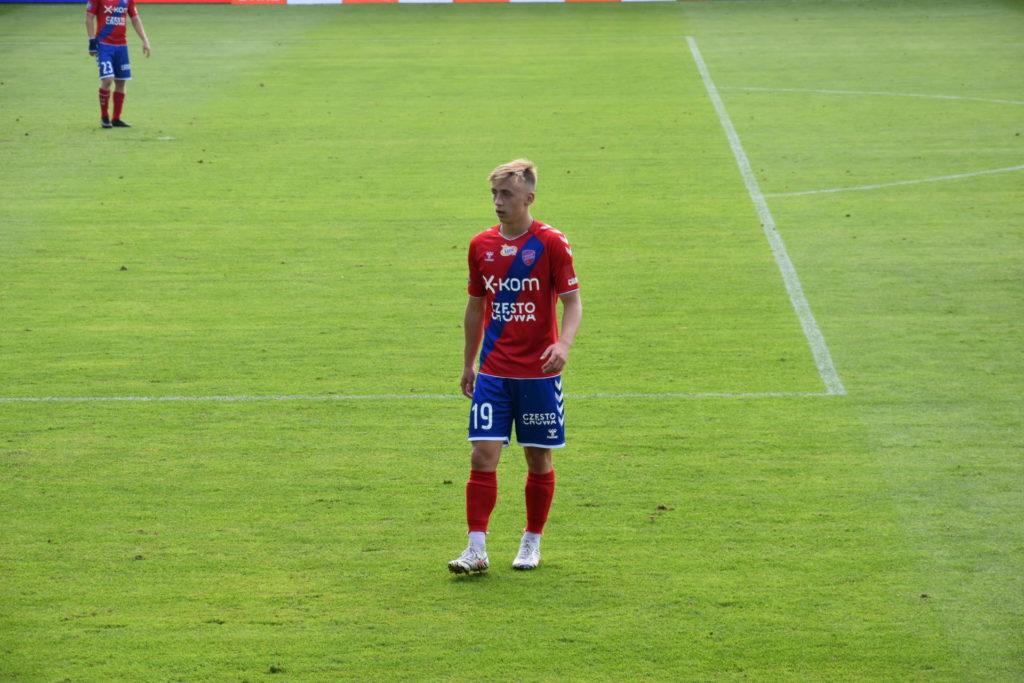 17-letni wychowanek Rakowa Częstochowa zadebiutował w Ekstraklasie 1