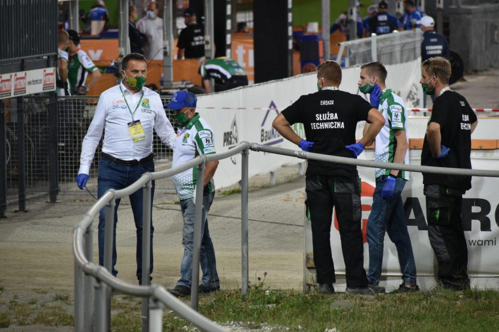 Eltrox Włókniarz przegrał w środę u siebie z Fogo Unią 41:49. A w niedzielę mecz we Wrocławiu 1
