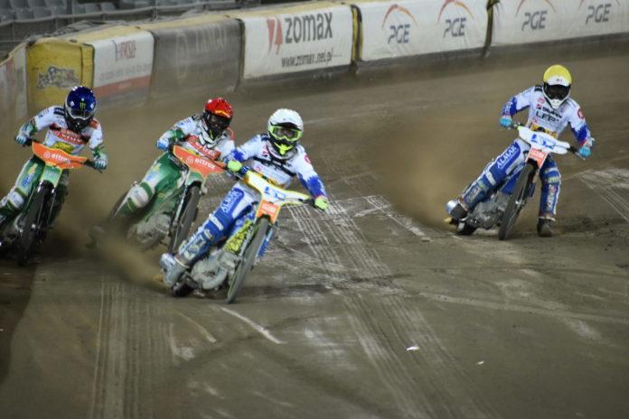 Eltrox Włókniarz przegrał w środę u siebie z Fogo Unią 41:49. A w niedzielę mecz we Wrocławiu 13