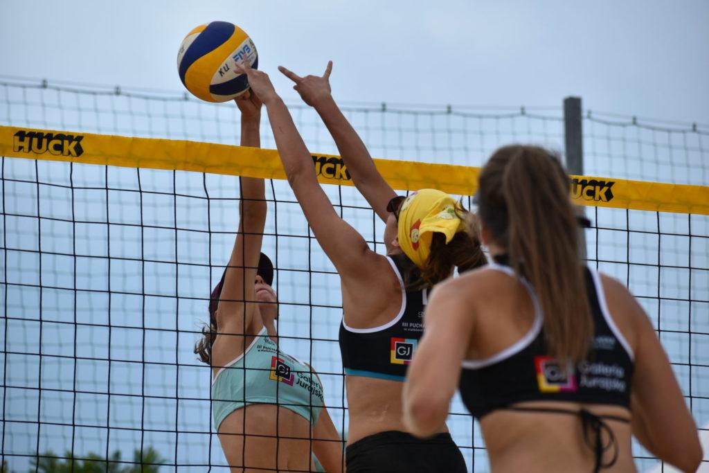 Karolina Wróbel i Aleksandra Smykla wygrały III edycję Pucharu Śląska w siatkówce plażowej kobiet 4