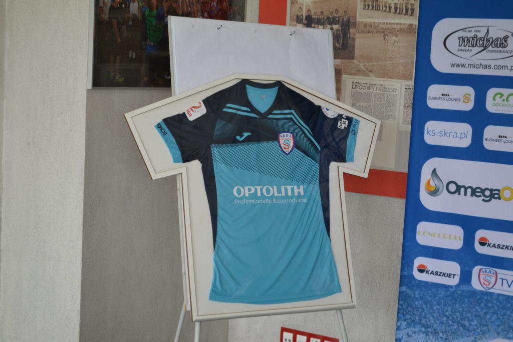 Zainteresował ich znak zapytania na koszulkach Skry. Optolith został sponsorem głównym piłkarzy częstochowskiej Skry 2