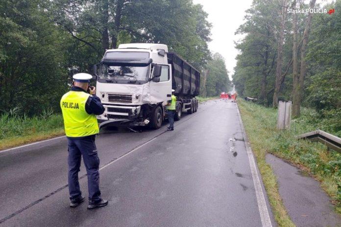 Lubliniecka policja wyjaśnia okoliczności dzisiejszej tragedii na drodze 2