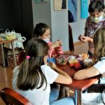 """W ramach akcji  """"LATO W MUZEUM 2020"""" w Radomskim muzeum odbyły się zajęcia rękodzieła ludowego 3"""