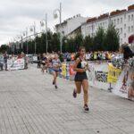 Setki biegaczy pobiegło Alejami 8