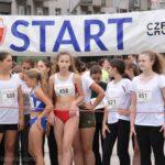 Setki biegaczy pobiegło Alejami 7