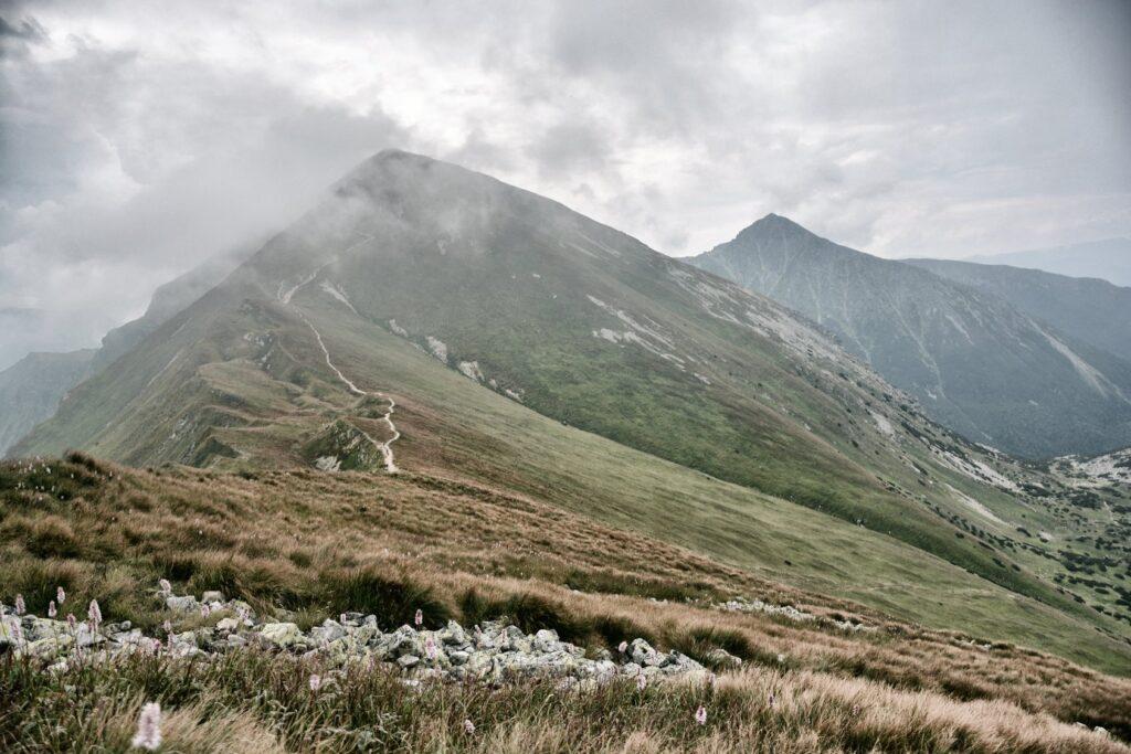Tatry. Z Doliny Chochołowskiej na Trzydniowiański Wierch, Kończysty Wierch czy Bystrą 2