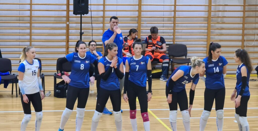 Siatkarki Częstochowianki rozpoczynają sezon od zwycięstwa w Wieliczce 5