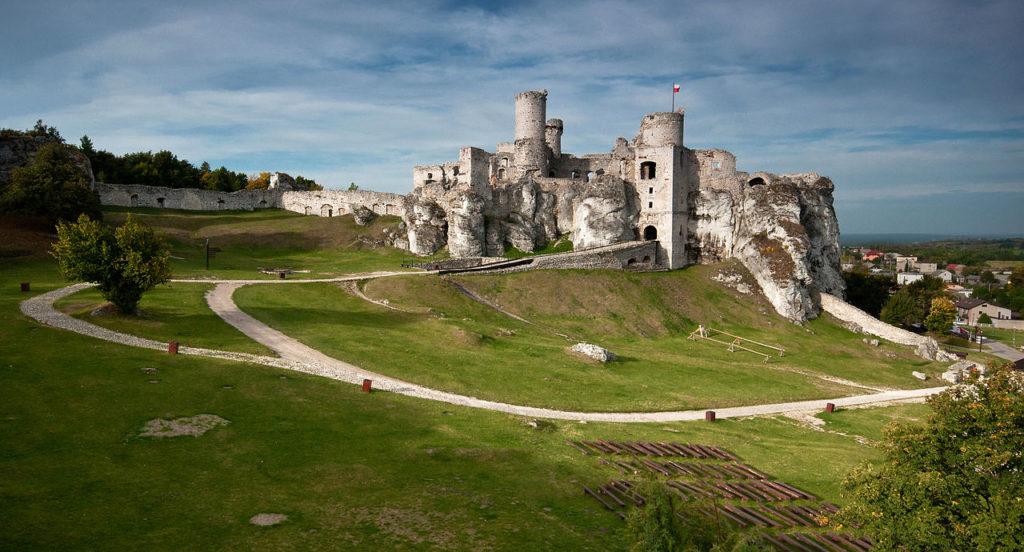 Zamek Ogrodzieniec zaprasza na zwiedzanie online w Facebook Live 1