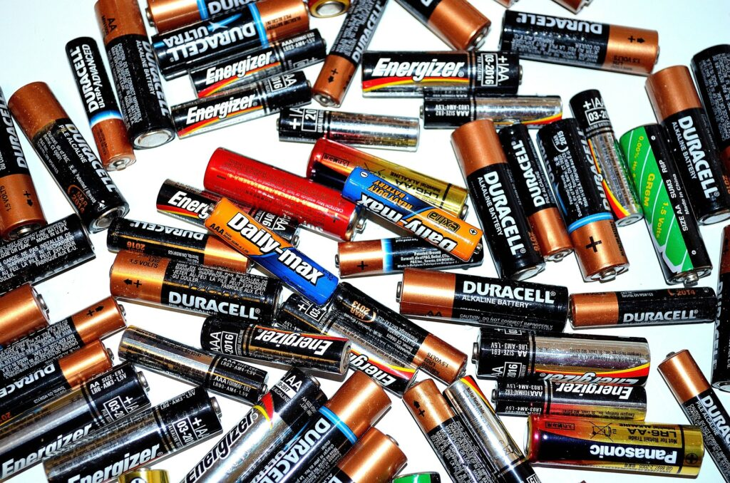 Będzie gdzie w Częstochowie wyrzucić legalnie zużyte baterie. Samorząd ustawi w mieście specjalne pojemniki do recyklingu 1