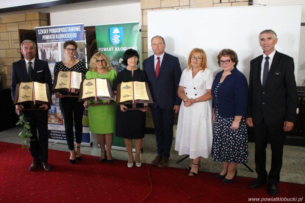 W powiecie kłobuckim uroczyste gratulacje za najwyższe wyniki matur 2