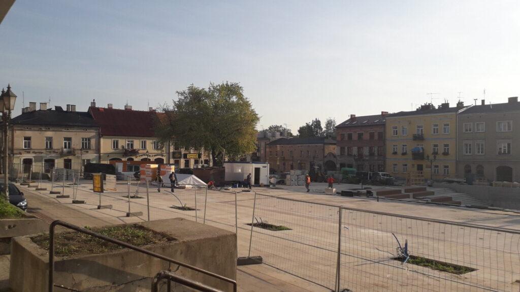 Znowu przesunięto termin zakończenia remontu Starego Rynku w Częstochowie. Winny jest między innymi koronawirus 1