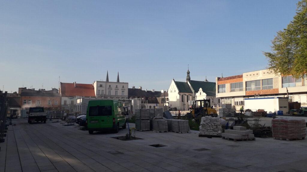 Znowu przesunięto termin zakończenia remontu Starego Rynku w Częstochowie. Winny jest między innymi koronawirus 2