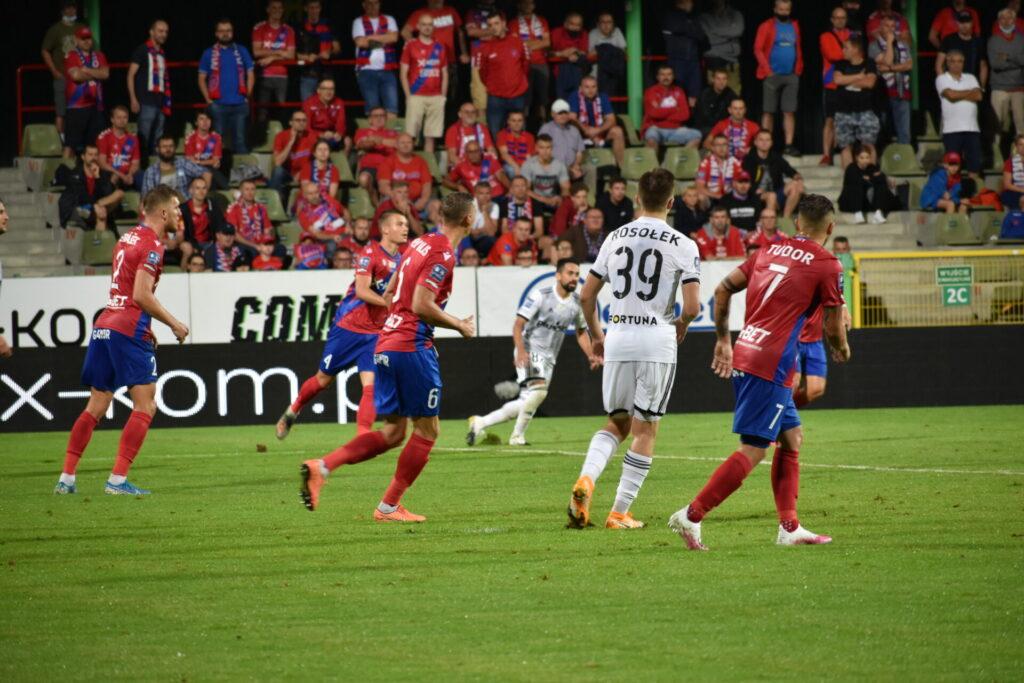 Raków już w sobotę gra w Warszawie finał Superpucharu, a Legia w środę wygrała 2:0 z norweskim FK Bodo/Glimt 3