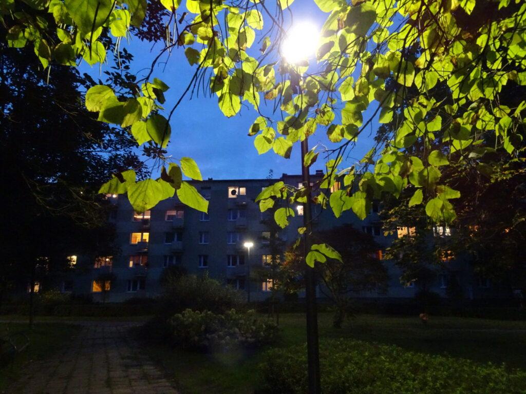 Nowe oświetlenie częstochowskich placów i skwerów 1