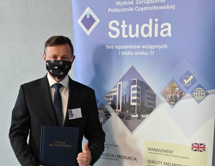 Adam Małysz został magistrem Politechniki Częstochowskiej 2