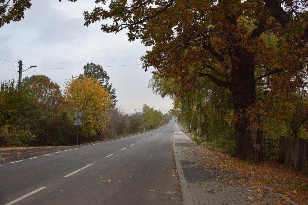 Droga między Rędzinami a Mstowem zmodernizowana 1