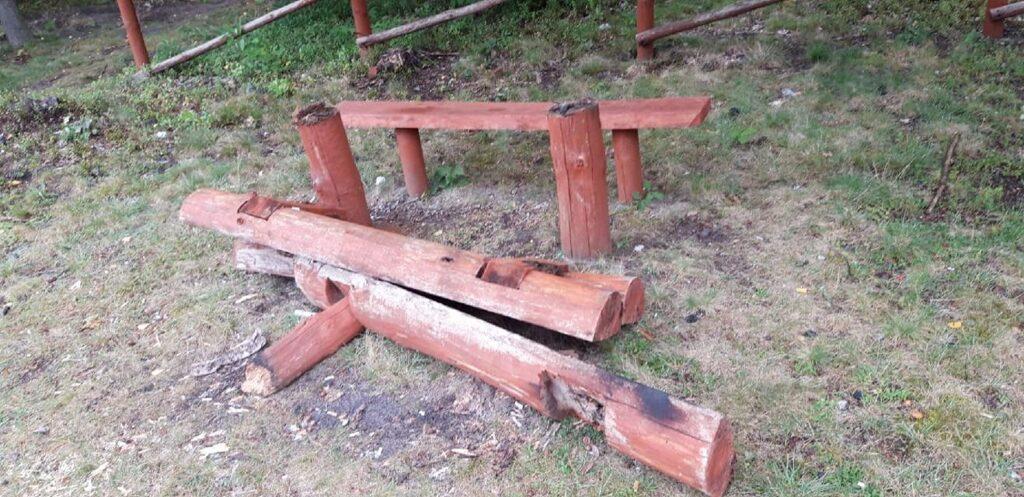 Nadleśnictwa Złoty Potok i Żarki poszukują sprawców zniszczeń 1