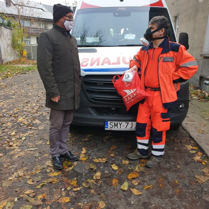 Samorząd Żarek ponownie pomaga pogotowiu ratunkowemu 3