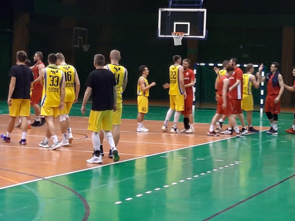 Lider za silny dla koszykarzy 2 ligowej AZS Politechniki 3