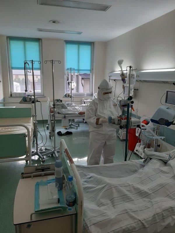 Łóżka covidowe i pomoc wojsk terytorialnych w Szpitalu Powiatowym w Lublińcu 1