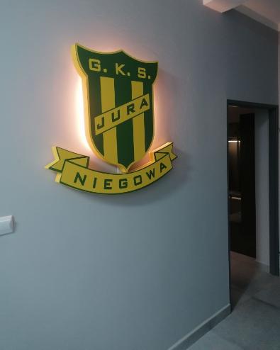 """Gminny Klub Sportowy """"Jura"""" w Niegowie zmodernizowany 1"""