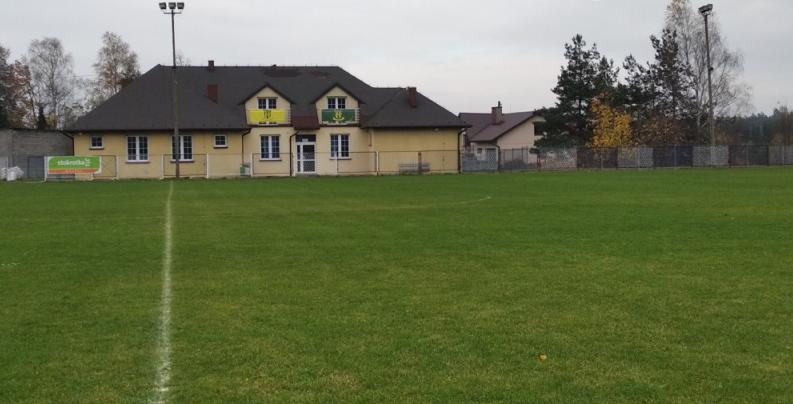 """Gminny Klub Sportowy """"Jura"""" w Niegowie zmodernizowany 2"""