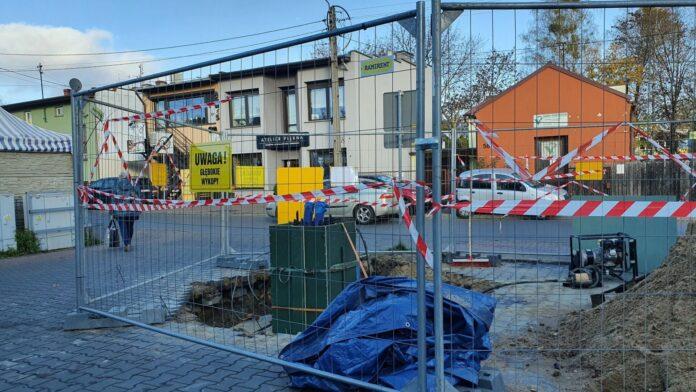 Mieszkańcy częstochowskiej dzielnicy Lisiniec sprzeciwiają się budowie masztu telefonii komórkowej 3