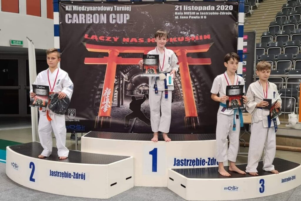 Zawodnicy Klubu Karate Randori z Radomska ze złotem i brązem 1
