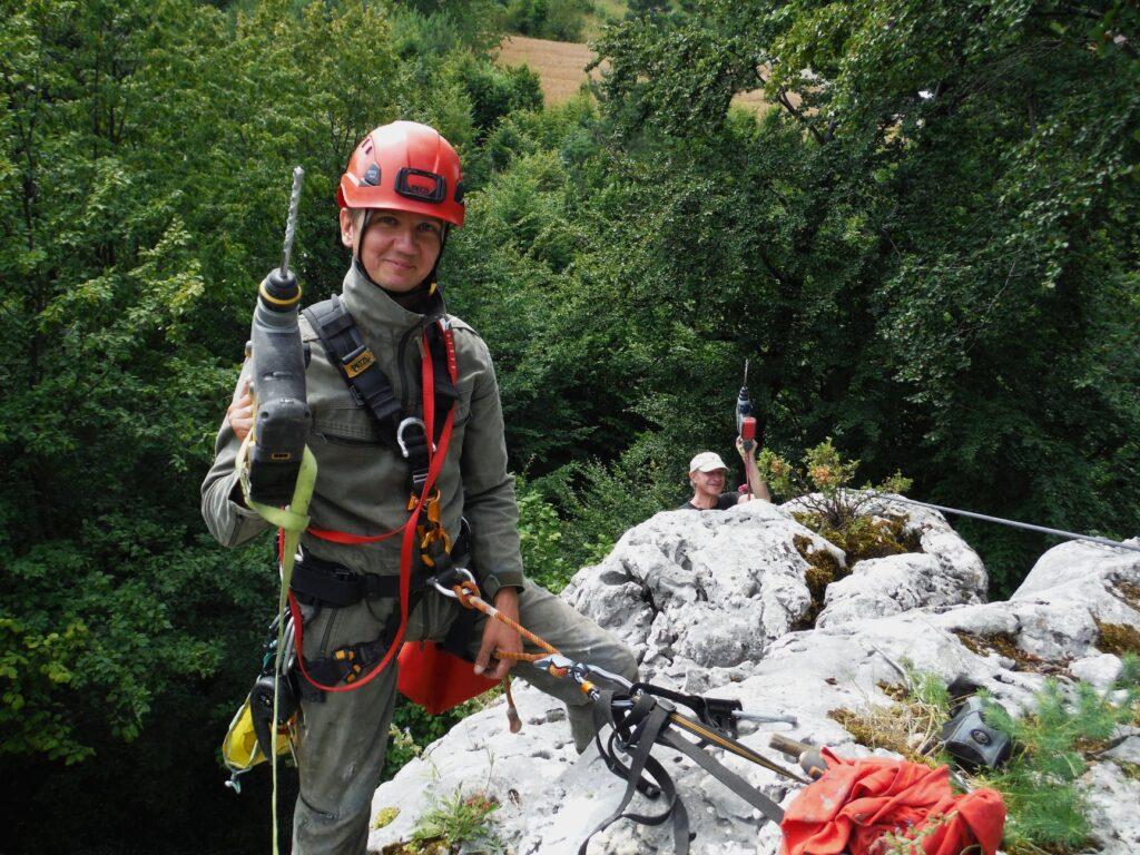 Wolontariusze oczyścili i przygotowali dla amatorów wspinaczki kolejne jurajskie skałki 1