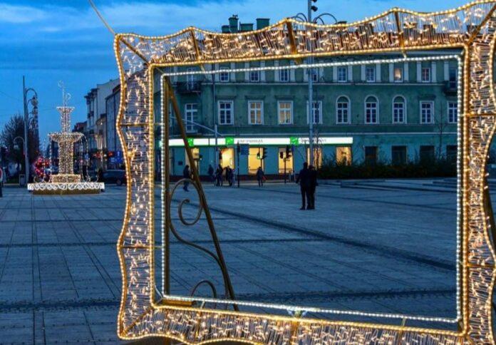 Na częstochowskim Placu Biegańskiego już święta 2