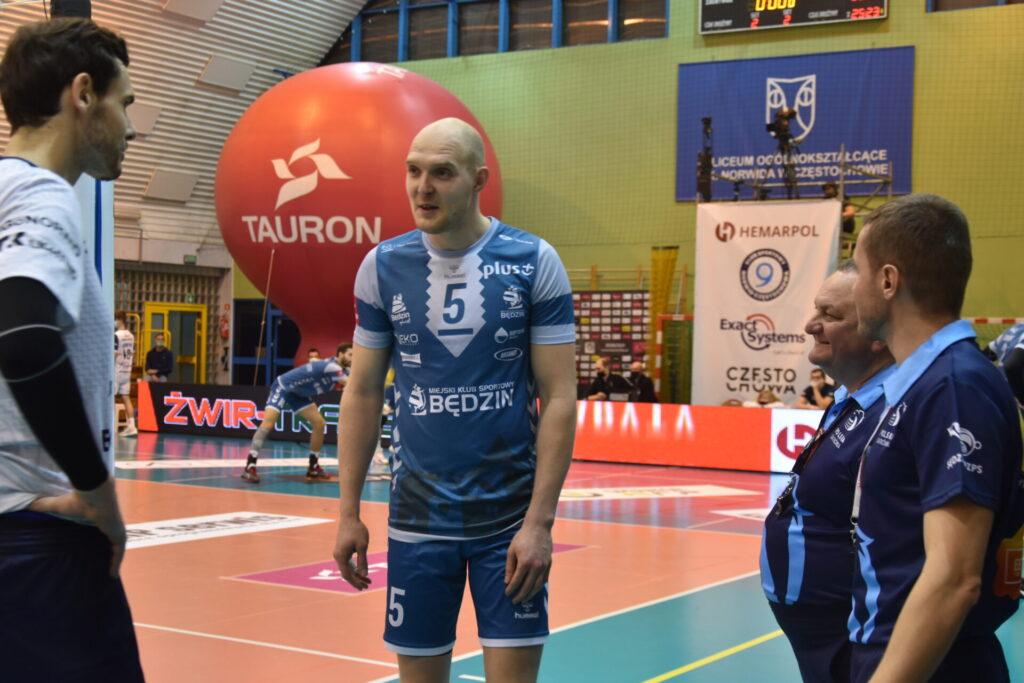 Siatkarze Exact Systems Norwid pokonali zespół z Plus Ligi i zagrają w finale siatkarskiego turnieju im. Prezydenta RP Lecha Kaczyńskiego 15