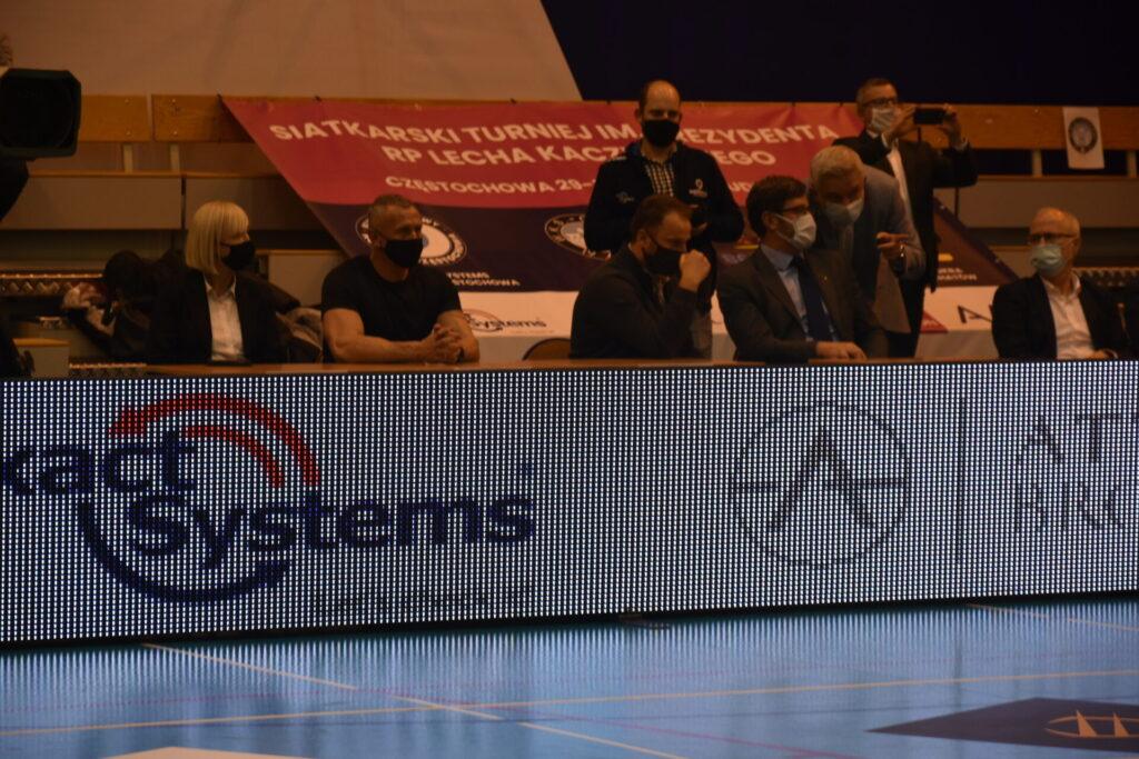 Siatkarze Exact Systems Norwid pokonali zespół z Plus Ligi i zagrają w finale siatkarskiego turnieju im. Prezydenta RP Lecha Kaczyńskiego 11