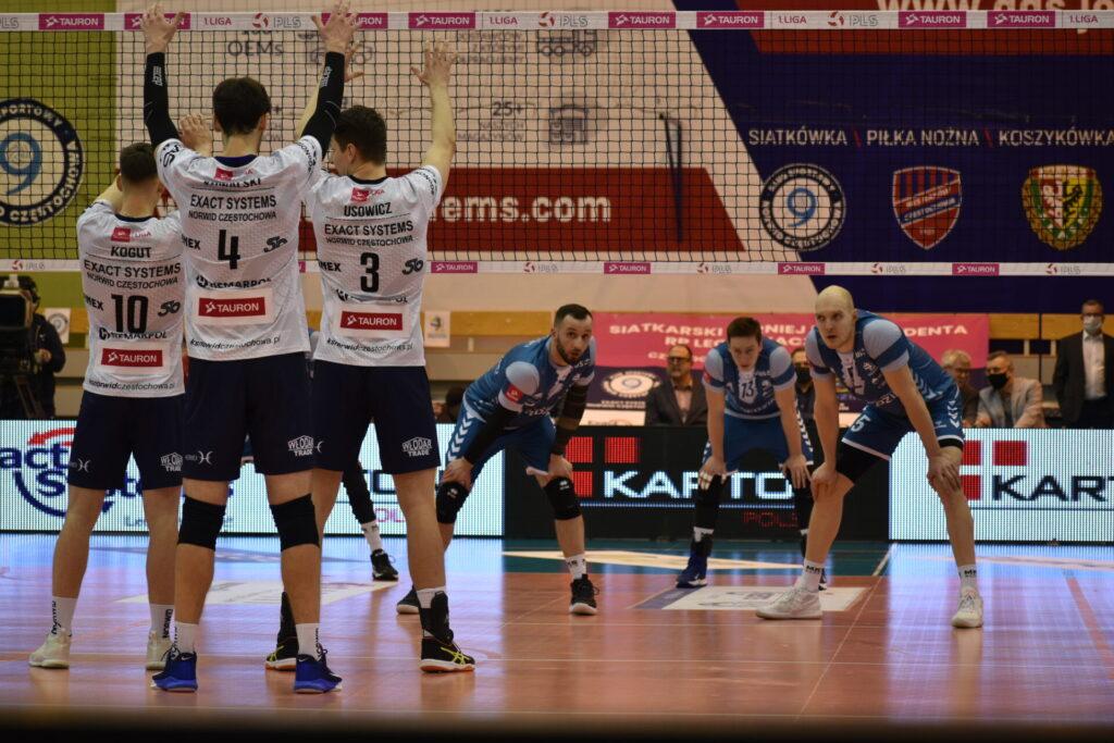 Siatkarze Exact Systems Norwid pokonali zespół z Plus Ligi i zagrają w finale siatkarskiego turnieju im. Prezydenta RP Lecha Kaczyńskiego 8