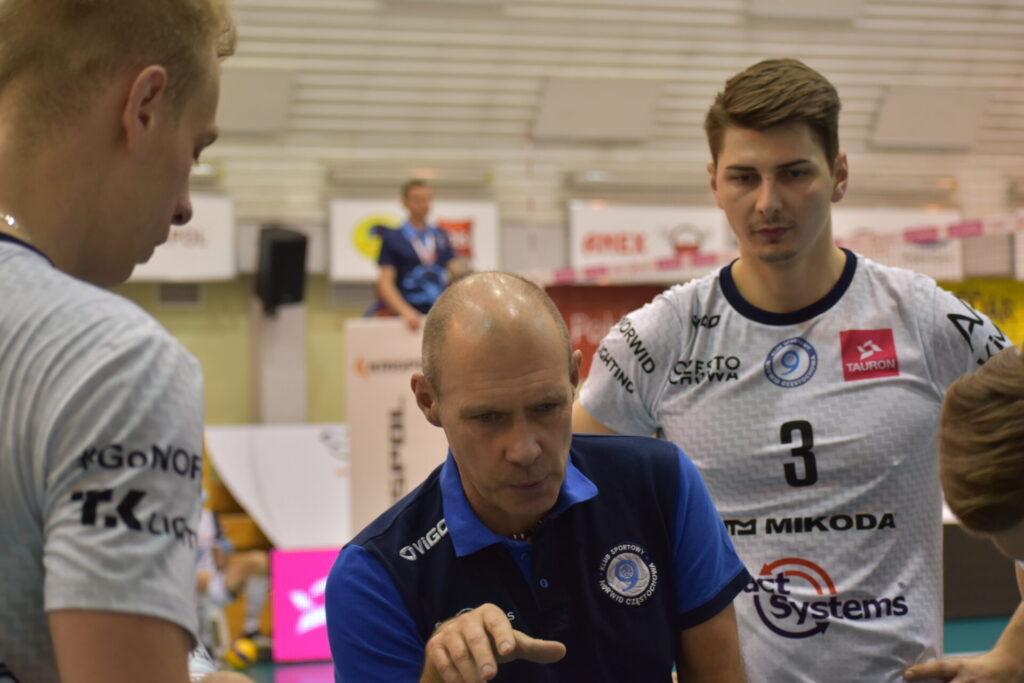 Siatkarze Exact Systems Norwid pokonali zespół z Plus Ligi i zagrają w finale siatkarskiego turnieju im. Prezydenta RP Lecha Kaczyńskiego 7