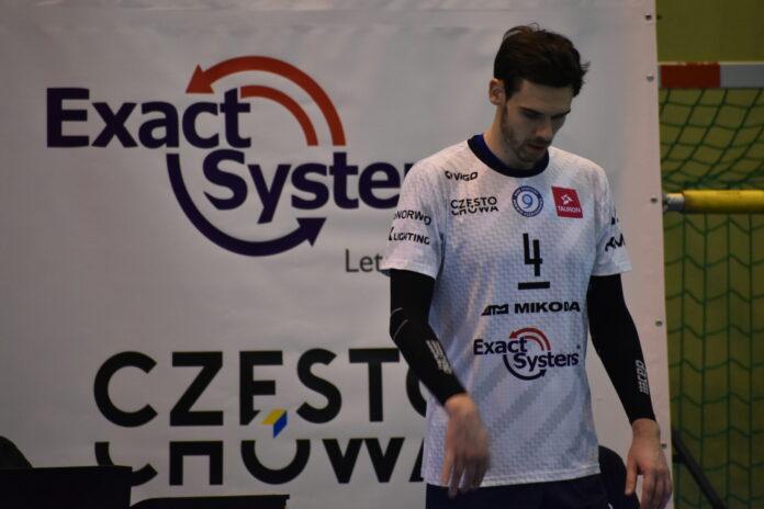 Exact Systems Norwid przedłużył kontrakt z Tomaszem Kowalskim, a w środę podejmuje Mickiewicza Kluczbork 3