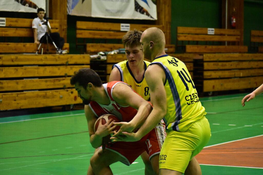 Pierwszy oficjalny mecz w nowym 2021 roku w Częstochowie rozegrają 2 stycznia koszykarze AZS Politechniki 2