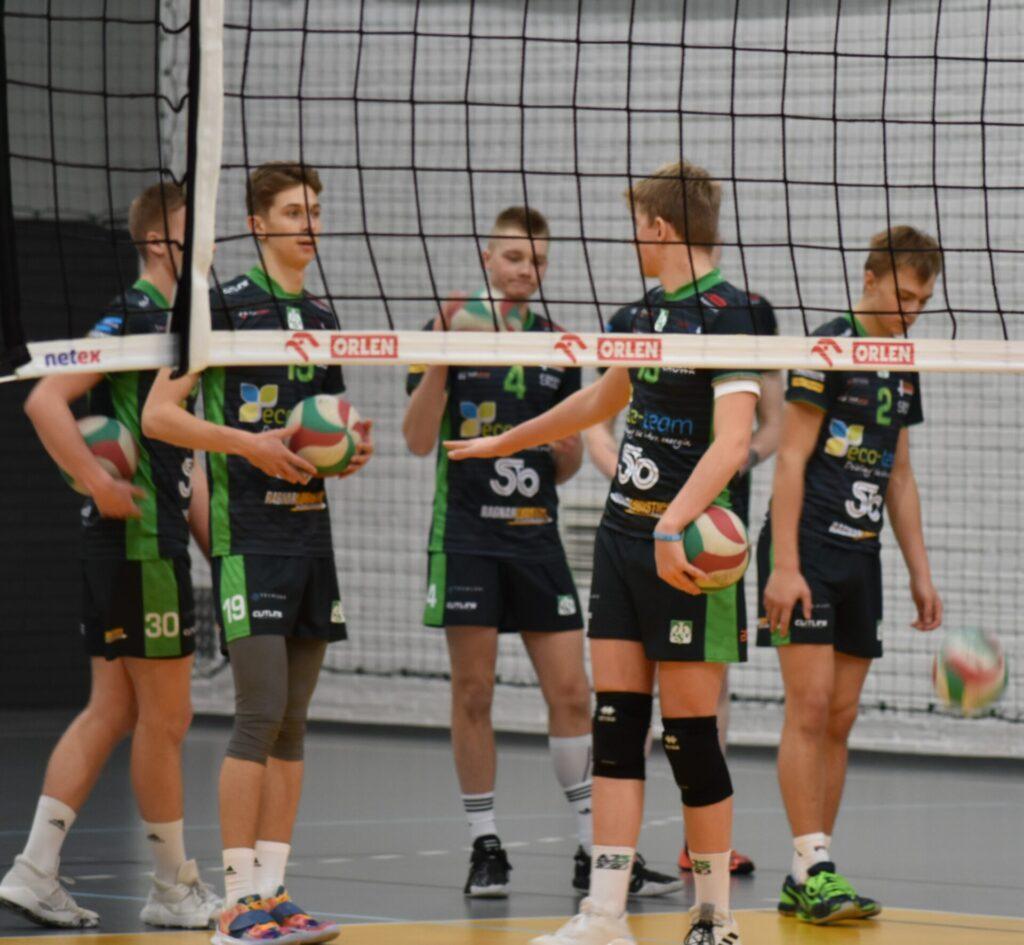 Juniorki Częstochowianki oraz kadeci Eco-Team AZS Stoelzle i Hemarpol Norwida walczyli w turniejach półfinałowych 2