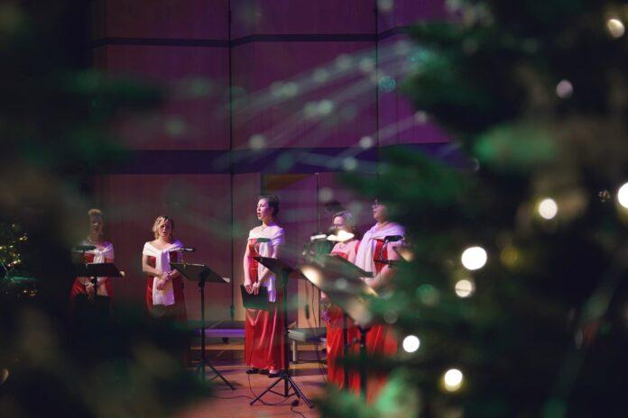Wprowadzić się w nastrój świąt z Filharmonią Częstochowską 2