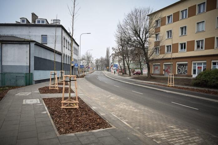 Ulica Korczaka już całkowicie przejezdna. We wtorek wracają tam autobusy częstochowskiego MPK 2