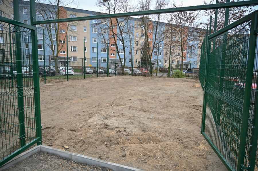 Na Wrzosowiaku trwa budowa boiska i toru speedrowerowego 2