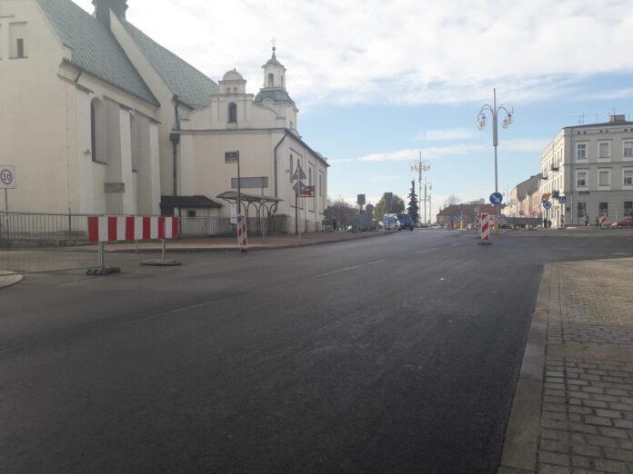 Od jutra Mirowska przejezdna w obu kierunkach. Na stare trasy wracają autobusy częstochowskiego MPK 2