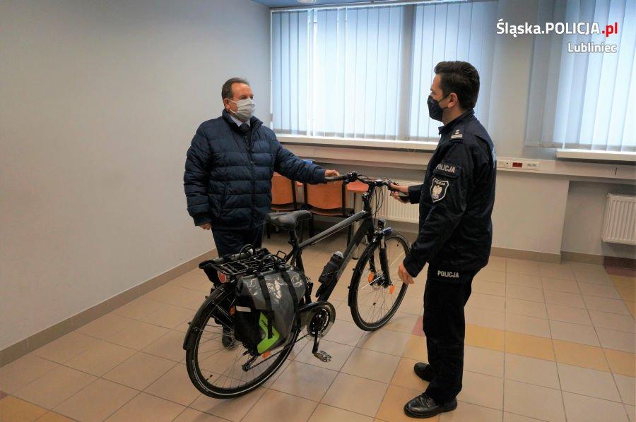 Lublinieccy policjanci otrzymali nowy rower 2