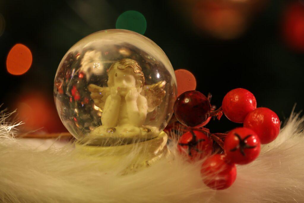 Nie wszystkim prezenty wręcza Święty Mikołaj 1